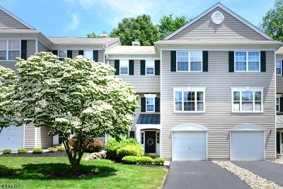 Wayne Twp. Condo/Townhouse For Sale: 11 Micheline Ct