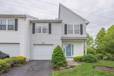 South Brunswick Twp. Condo/Townhouse Active Under Contract: 30 Scotto Pl