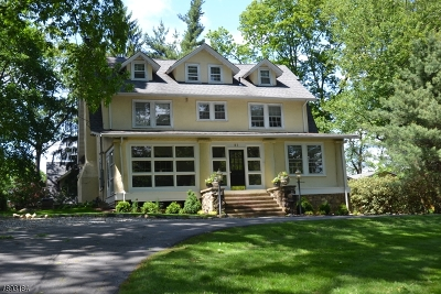 Mountain Lakes Boro Single Family Home For Sale: 81 Ball Rd