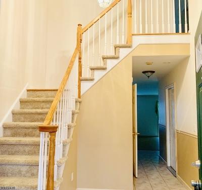 Hardyston Twp. Single Family Home For Sale: 32 Beechmont Ter