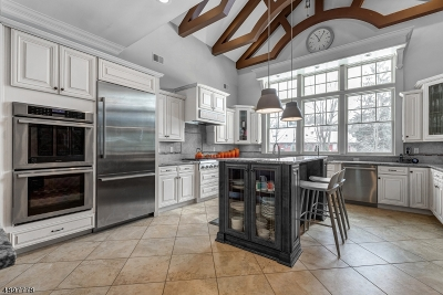 Millburn Twp. Single Family Home For Sale: 374 White Oak Ridge Rd