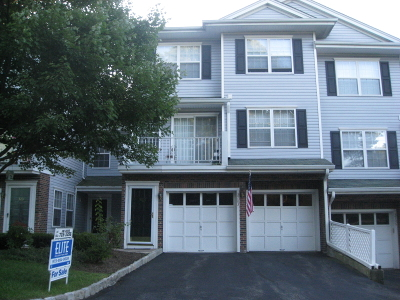 Denville Twp. Condo/Townhouse For Sale: 3703 Scenic Ct