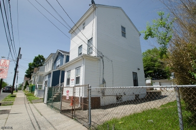 Paterson City Single Family Home For Sale: 107 N 10th St