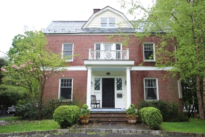 Bergen County Single Family Home For Sale: 390 Harland Ave