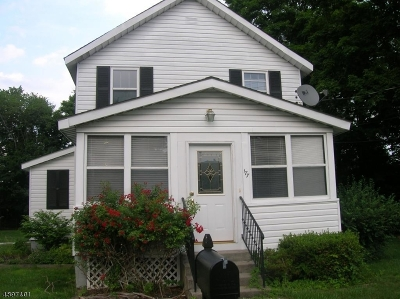 Roxbury Twp. Single Family Home For Sale: 177 Main St Ledge