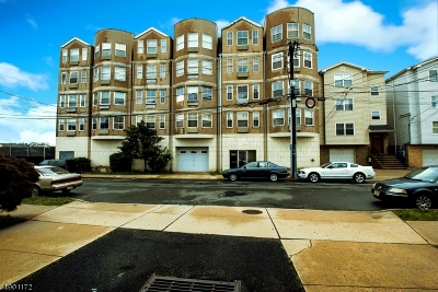 Newark City NJ Condo/Townhouse For Sale: $274,000