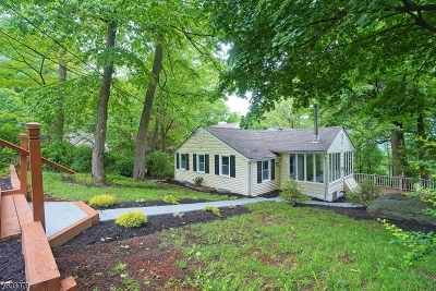 Byram Twp. Single Family Home For Sale: 148 Glenside Trl