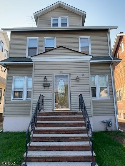 Single Family Home For Sale: 202 Park Ave