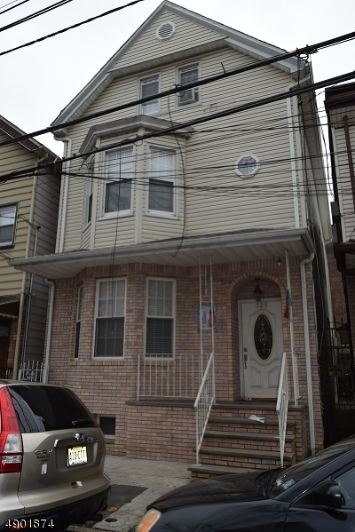 Newark City NJ Multi Family Home For Sale: $599,000