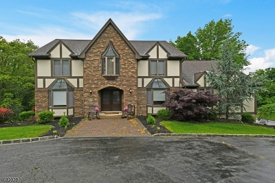 Montville Twp. Single Family Home For Sale: 12 Tomalyn Hill Rd