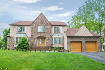 Montville Twp. Single Family Home For Sale: 5 Fowler Place