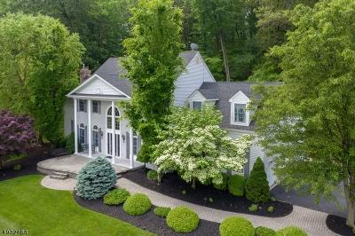 Raritan Twp. Single Family Home For Sale: 15 Scarlet Oak Rd