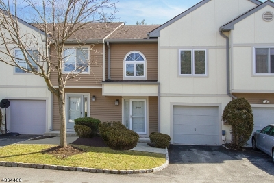 Springfield Twp. Condo/Townhouse For Sale: 2409 Park Pl #2409