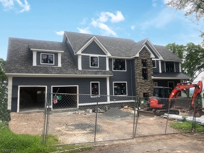 Scotch Plains Twp. Single Family Home For Sale: 2676 Far View