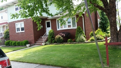 Linden City Multi Family Home For Sale: 300 Mitchell Ave