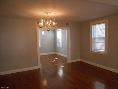 Maplewood Twp. Single Family Home For Sale: 37 Berkley St