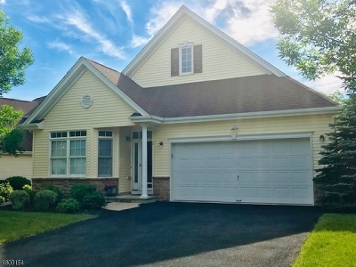 Franklin Twp. Single Family Home For Sale: 2 Witherspoon Way