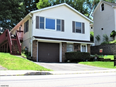 Dover Town Single Family Home For Sale: 86 W Chrystal St