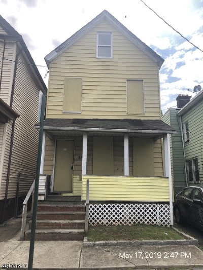 Elizabeth City Multi Family Home For Sale: 850 Livingston St