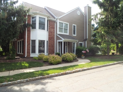 Rockaway Twp. Condo/Townhouse For Sale: 74 Laurel Wood Ct