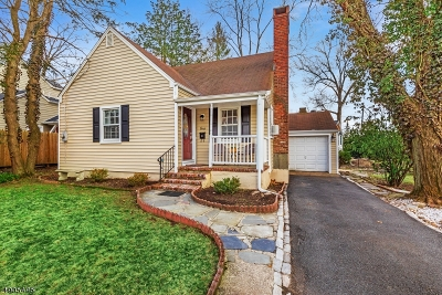 Florham Park Boro Single Family Home For Sale: 1 Beechwood Rd