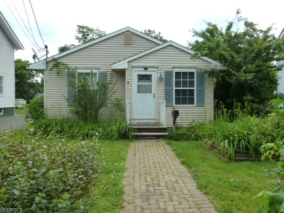 Somerset County Single Family Home For Sale: 134 Davenport