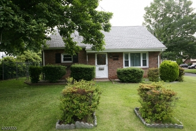 Westfield Town NJ Single Family Home For Sale: $299,900