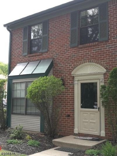 Franklin Twp. Condo/Townhouse For Sale: 9 Lyon Ln