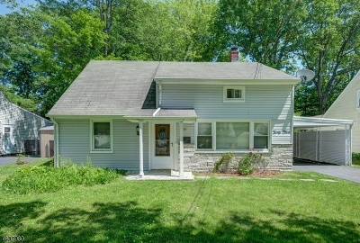 West Orange Twp. Single Family Home For Sale: 35 Hunterdon Rd