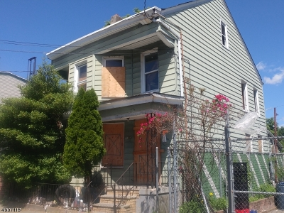 Paterson City Single Family Home For Sale: 173 Slater St