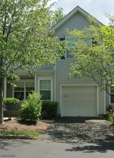 Bridgewater Twp. Condo/Townhouse For Sale: 229 Marcia Way