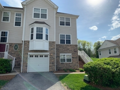 Hardyston Twp. Condo/Townhouse For Sale: 19 Black Bear Ct