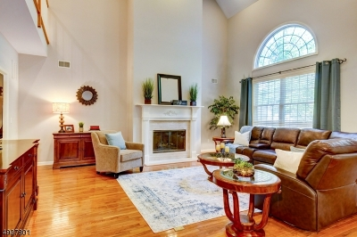 Bernards Twp. Condo/Townhouse For Sale: 4 Dickinson Rd