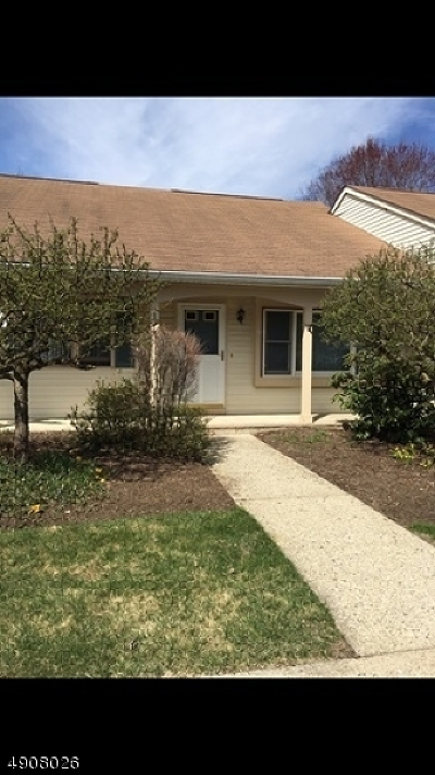 Sparta Twp. Condo/Townhouse Active Under Contract: 70 Carriage Ln