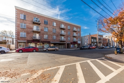 Newark City NJ Condo/Townhouse For Sale: $275,000