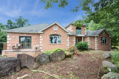 Wayne Twp. Single Family Home For Sale: 145 Chopin Dr
