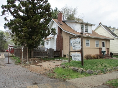 Paterson City Single Family Home For Sale: 1-3 Totowa Ave