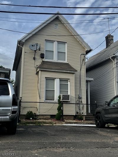 Newark City Single Family Home For Sale: 3 Greenwood Lake St