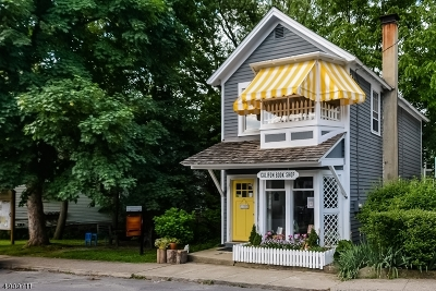 Califon Boro Single Family Home For Sale: 72 Main St