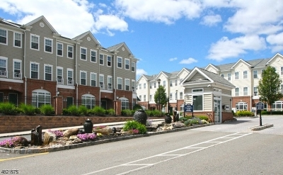 Belleville Twp. NJ Condo/Townhouse For Sale: $325,000