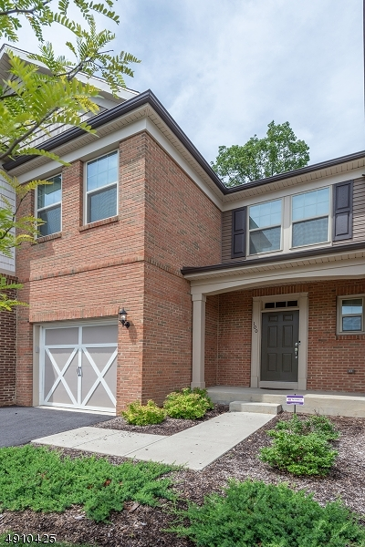 Randolph Twp. Condo/Townhouse For Sale: 100 Albert Ct