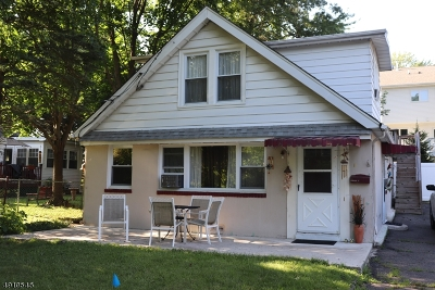 Parsippany-Troy Hills Twp. Single Family Home For Sale: 5 Georgene Ct