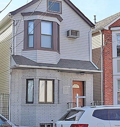 Multi Family Home For Sale: 23 Merchant St