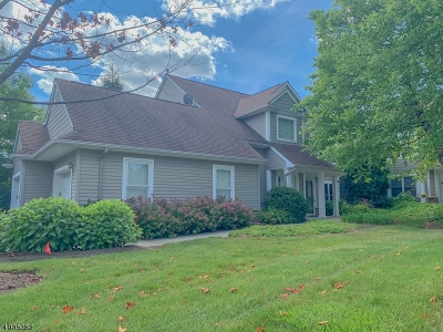 Hardyston Twp. Condo/Townhouse For Sale: 1 Bourne Circle