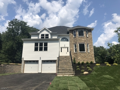 Parsippany-Troy Hills Twp. Single Family Home For Sale: 46 Fox Run