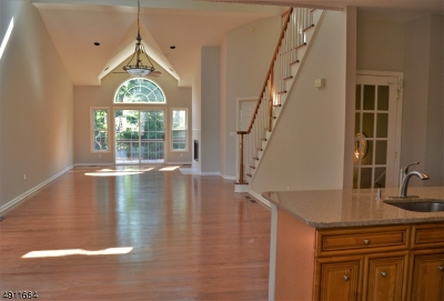 Hardyston Twp. Condo/Townhouse For Sale: 28 Havenhill Rd