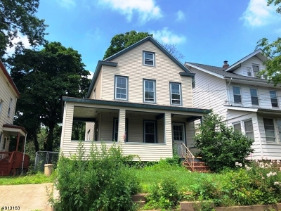 Bloomfield Twp. Single Family Home For Sale: 32 Smith St
