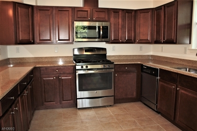 Franklin Twp. Condo/Townhouse For Sale: 3 Liam St