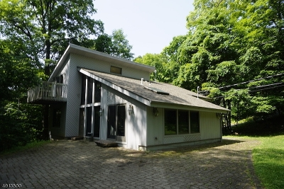 Vernon Twp. Single Family Home For Sale: 2 Wall St