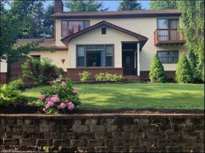 Vernon Twp. Single Family Home For Sale: 7 Marigold Ct